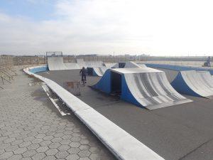 鵠沼海浜公園スケートパークストリートリンクエリア