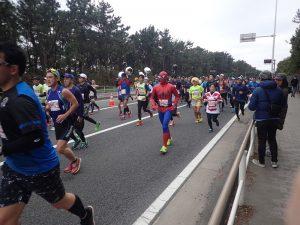 湘南国際マラソンスパイダーマン