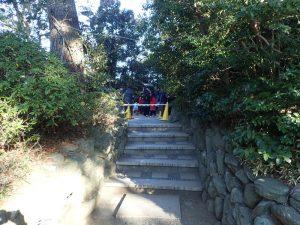 寒川神社 初詣 参道から神池橋 規制