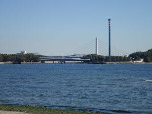 海の公園 ブルーフォールと柴航路橋