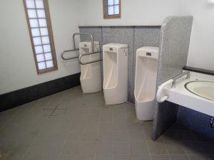 小田原城址公園 二の丸 トイレ