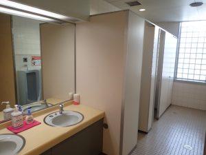 小田原フラワーガーデン 管理棟 2F 男子トイレ
