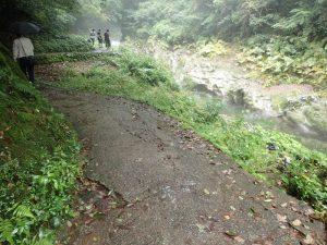 天安河原:遊歩道、行きと帰り道