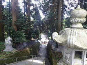 草部吉見神社:階段