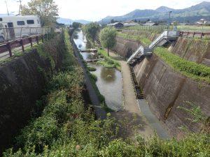 高森湧水トンネル公園:熊本県