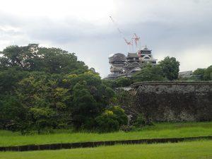 熊本城:西出丸長塀(にしでまるながべい)