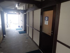 人吉温泉物産館:障がい者用トイレ入口