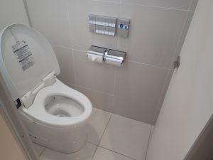 人吉鉄道ミュージアム MOZOCAステーション868:大便器トイレ