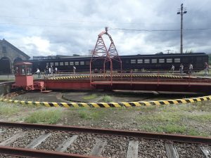 人吉駅転車台:人吉列車のコラボ