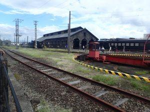 人吉駅転車台と人吉機関車庫のコラボ