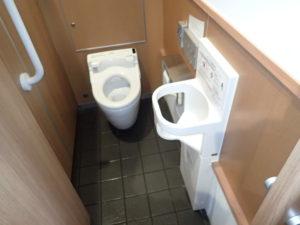 円覚寺:売店横トイレ
