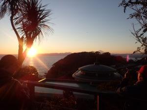 江の島:日没前の富士山