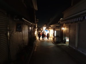江の島:仲見世通り商店街閉店時間