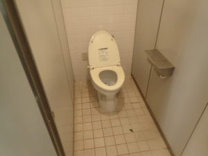 松田きらきらフェスタ:ハーブ館トイレ