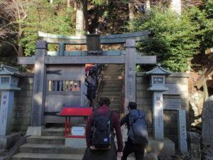 大山阿夫利神社の初詣:下社入口 本社